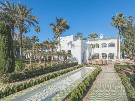 Guadalmina Baja 7 bedrooms villa for sale | Berkshire Hathaway Homeservices Marbella