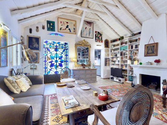 For sale 2 bedrooms villa in La Virginia, Marbella Golden Mile | Von Poll Real Estate