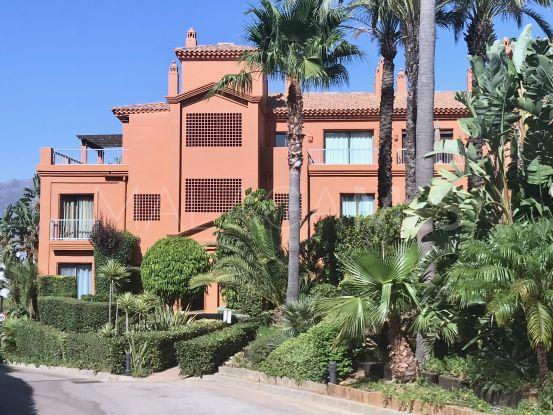 For sale 2 bedrooms apartment in Los Flamingos, Benahavis | Von Poll Real Estate
