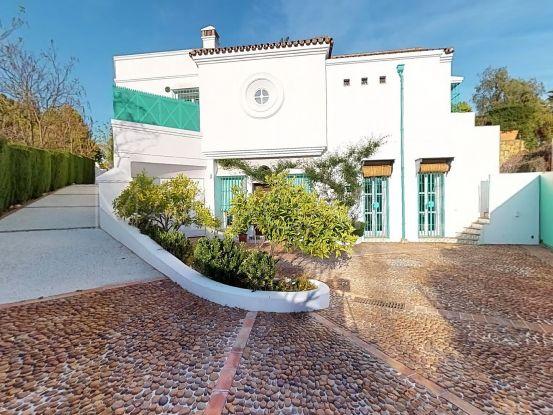 Villa for sale in Marbella Golden Mile | Von Poll Real Estate