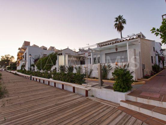 Adosado en venta con 2 dormitorios en El Pirata, Estepona | Von Poll Real Estate