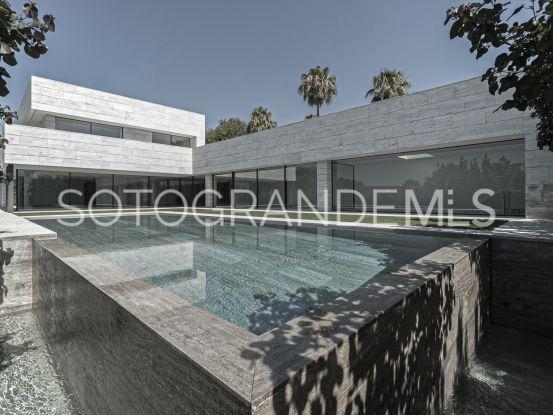Zona F 6 bedrooms villa for sale | Teseo Estate
