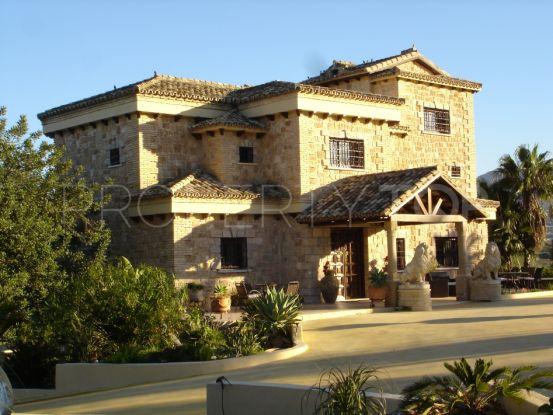 Villa a la venta en Alhaurin de la Torre | Viva