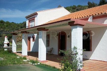 For sale Guaro finca with 3 bedrooms | Viva