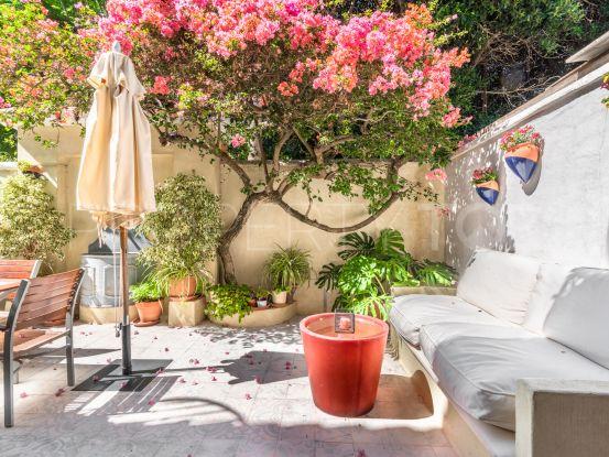 Adosado en venta con 2 dormitorios en Lomas Pueblo, Marbella Golden Mile   Panorama