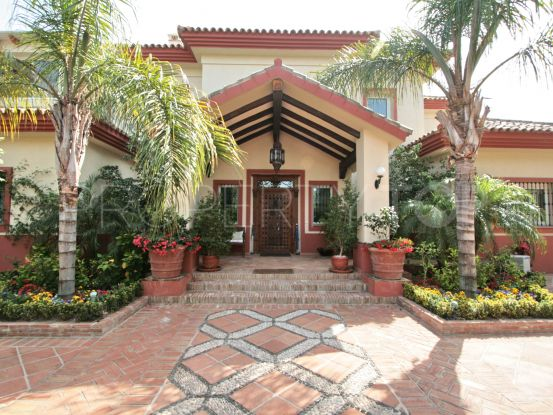 Villa in Guadalmina Baja with 6 bedrooms | Panorama