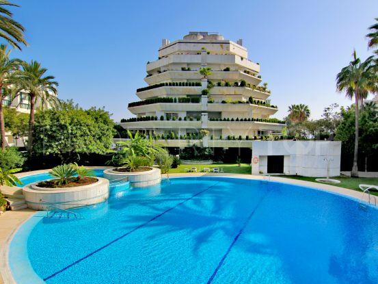 Buy 5 bedrooms penthouse in Cipreses del Mar, Marbella | Panorama