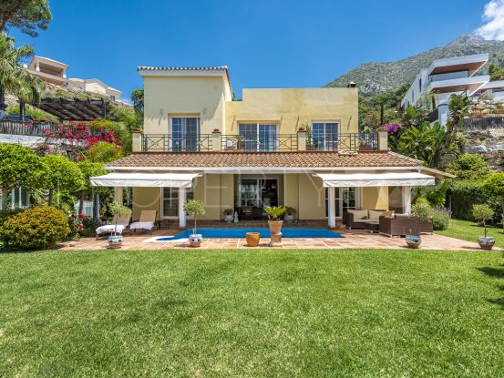 Buy villa in Sierra Blanca Country Club with 3 bedrooms | Panorama