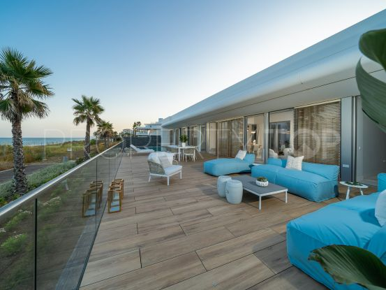 4 bedrooms villa in Estepona Playa for sale | Panorama