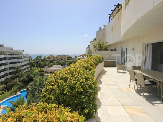 Duplex penthouse for sale in El Embrujo Banús with 4 bedrooms   Panorama