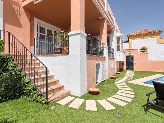 La Heredia, Benahavis, adosado de 4 dormitorios en venta | Villa Noble