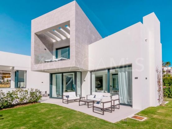 Buy 4 bedrooms villa in Mirador del Paraiso, Benahavis | Drumelia Real Estates