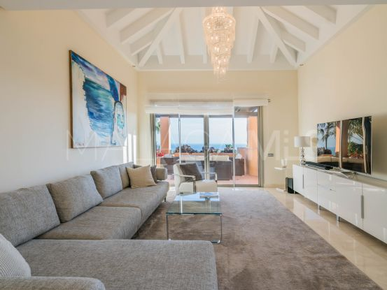For sale penthouse with 2 bedrooms in Mansion Club, Marbella Golden Mile | Drumelia Real Estates