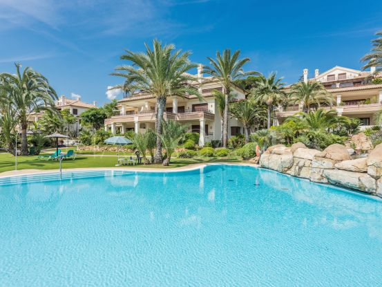 For sale apartment in Los Monteros Playa with 3 bedrooms | Drumelia Real Estates