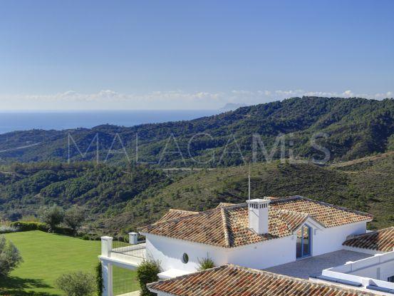 Buy Monte Mayor villa with 5 bedrooms | Drumelia Real Estates