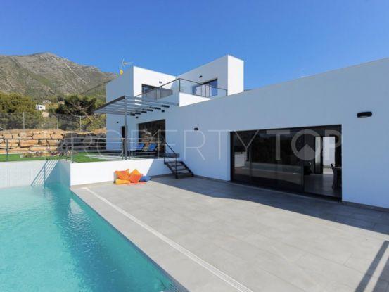 For sale villa in Valtocado with 5 bedrooms | Bromley Estates