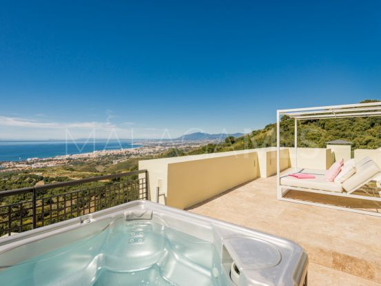 Los Monteros 4 bedrooms duplex penthouse for sale | Bromley Estates