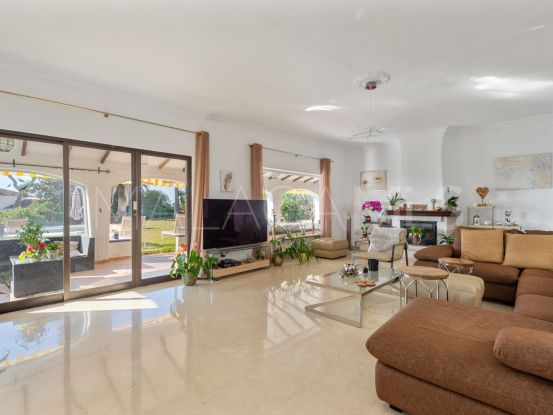 Buy El Rosario 5 bedrooms villa | Bromley Estates