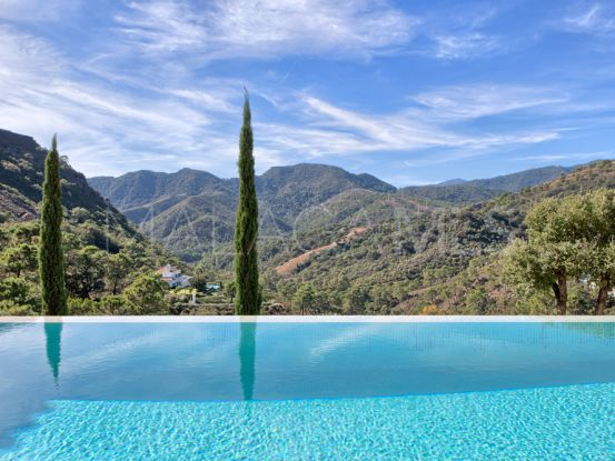 For sale villa with 5 bedrooms in La Zagaleta | Bromley Estates