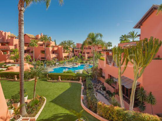 For sale 2 bedrooms apartment in New Golden Mile, Estepona | Bromley Estates