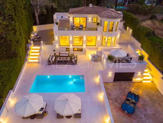 For sale villa with 5 bedrooms in Nueva Andalucia, Marbella | Bromley Estates