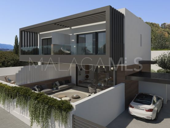 Semi detached villa in Estepona for sale | Bromley Estates