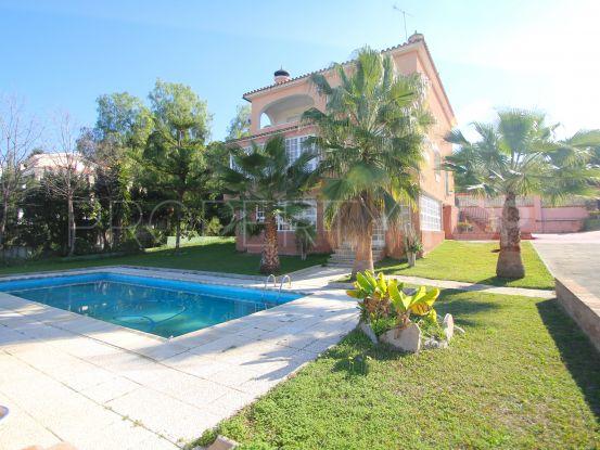 For sale villa with 4 bedrooms in Pinos de Alhaurín, Alhaurin de la Torre | Bromley Estates