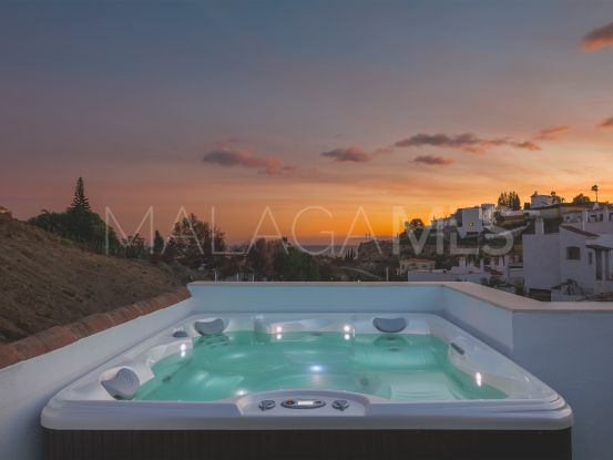 Atico en venta en Paraiso Pueblo con 2 dormitorios | Bromley Estates