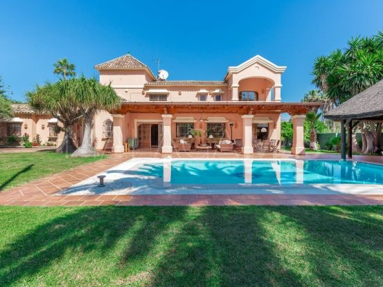 Villa in Nueva Andalucia   FM Properties Realty Group