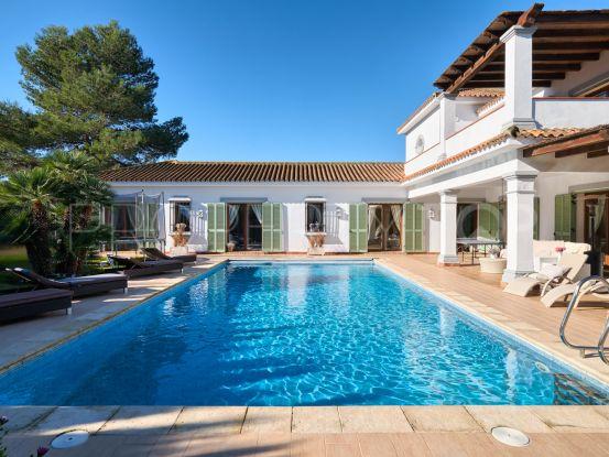 For sale Sotogrande Costa 4 bedrooms villa | Bemont Marbella