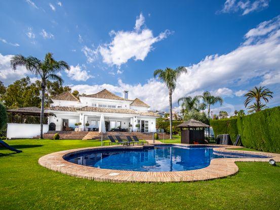 For sale Nueva Andalucia 5 bedrooms villa | Solvilla