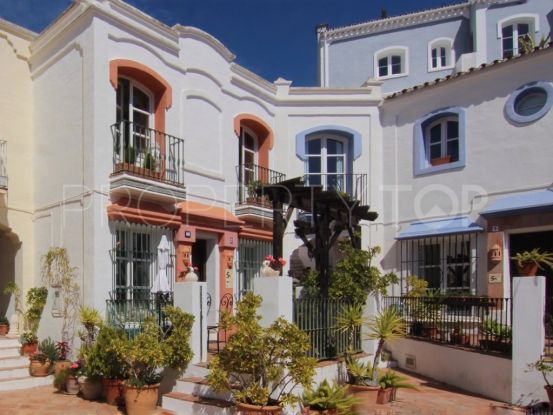 Town house for sale in La Heredia, Benahavis | House & Country Real Estate