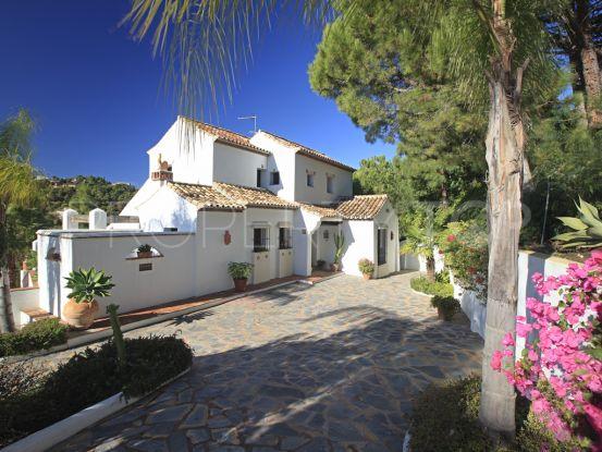 Buy villa in El Madroñal   House & Country Real Estate