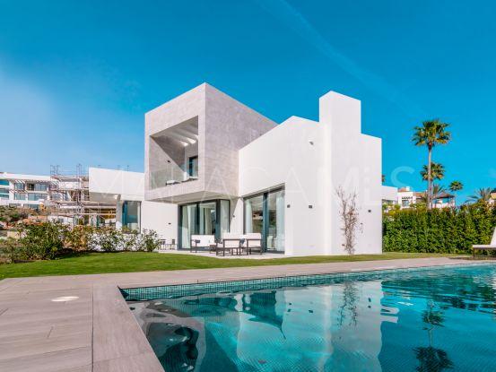 For sale villa with 4 bedrooms in Mirador del Paraiso, Benahavis | Magna Estates