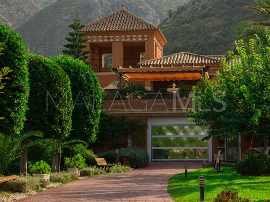 For sale villa with 5 bedrooms in Carretera de Istan | Magna Estates