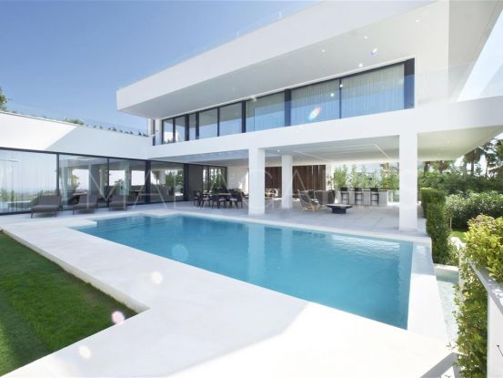 Villa for sale in La Alqueria with 5 bedrooms | Magna Estates