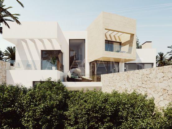 Buy villa with 4 bedrooms in Mirador del Paraiso, Benahavis   Arias-Camisón Properties