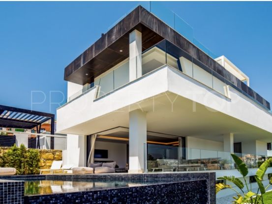4 bedrooms villa in New Golden Mile, Estepona | NJ Marbella Real Estate