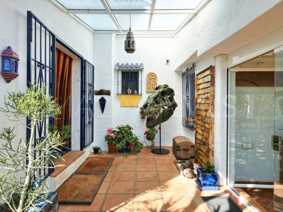 For sale villa in Estepona | SMF Real Estate