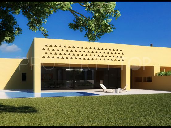Buy villa in Sotogrande Alto with 4 bedrooms | Consuelo Silva Real Estate