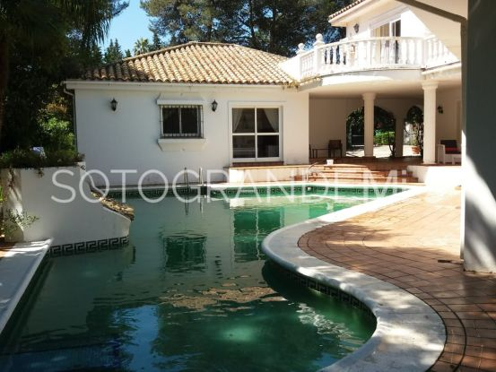 For sale villa in Sotogrande Alto Central | Consuelo Silva Real Estate