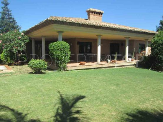 Villa with 4 bedrooms in Sotogrande Costa Central | Consuelo Silva Real Estate