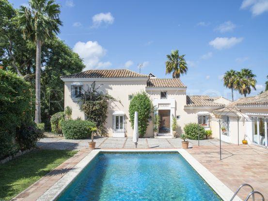 Buy villa with 4 bedrooms in Zona F, Sotogrande | Consuelo Silva Real Estate