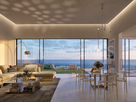 Apartamento en venta en Estepona de 4 dormitorios   Callum Swan Realty