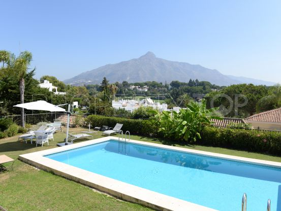5 bedrooms villa for sale in Aloha, Nueva Andalucia | Callum Swan Realty