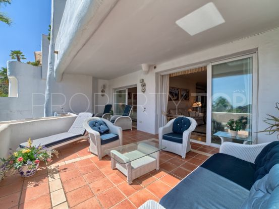 Ground floor apartment for sale in La Quinta with 3 bedrooms | Excellent Spain