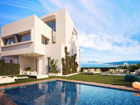 For sale semi detached house in Bahia de las Rocas | Holmes Property Sales