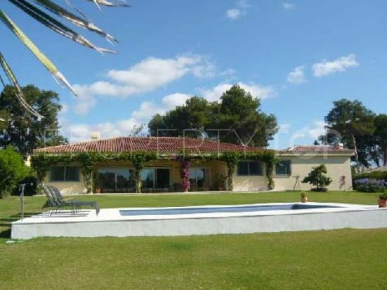 For sale villa with 4 bedrooms in Sotogrande Costa   SotoEstates