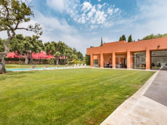 Villa with 5 bedrooms for sale in Sotogrande Costa | SotoEstates
