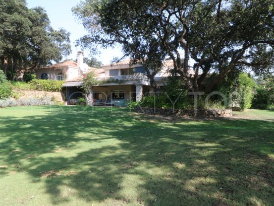 Villa for sale in Los Altos de Valderrama | SotoEstates